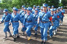 紅色之旅--穿軍服、唱紅軍歌、吃紅軍飯、走紅軍路